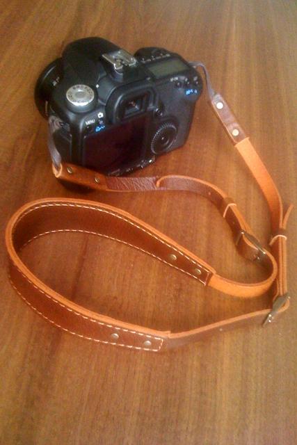 革製 カメラストラップ