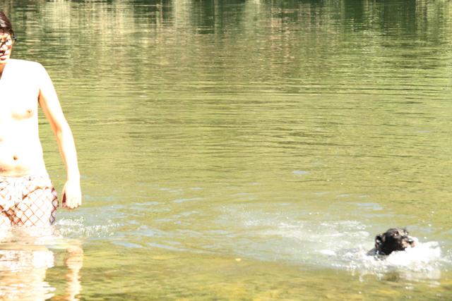本当は泳げるエース